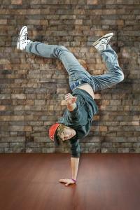 Hip-hop handstand